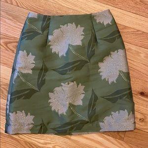 Floral high waisted mini skirt.